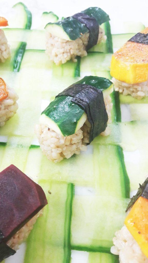 Vegan Sushi cucumber weaving