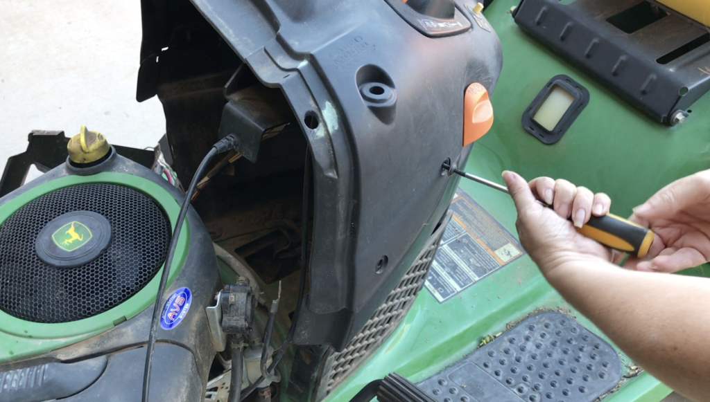Step by step guide to remove a gas tank